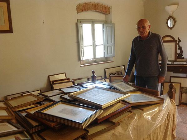 Carlos Pepi en su casa museo en entrevista para Be Cult